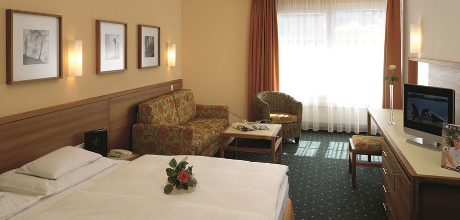 Sporthotel Igls, Igls, Austria - double bedroom.jpg